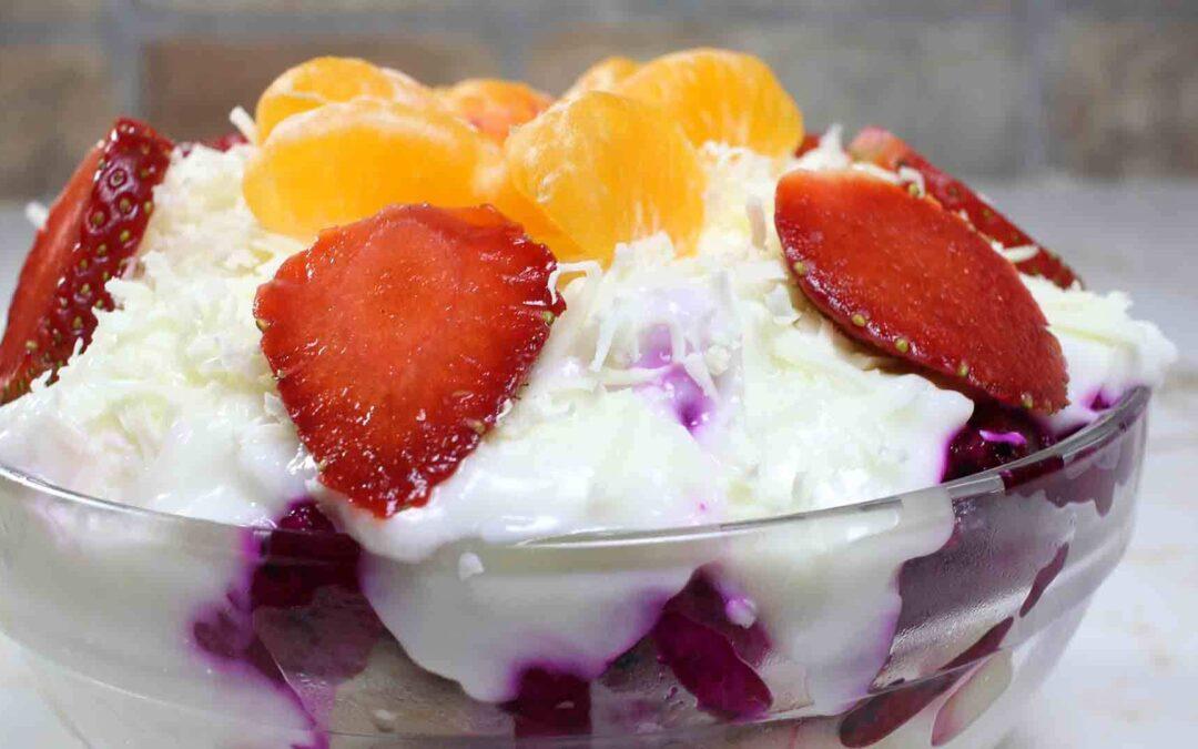 Bosan di Tengah Pandemi? Coba Eksperimenkan Resep Salad Buah Satu Ini!